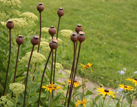 Set of 3 Medium Metal Poppy Seed Heads