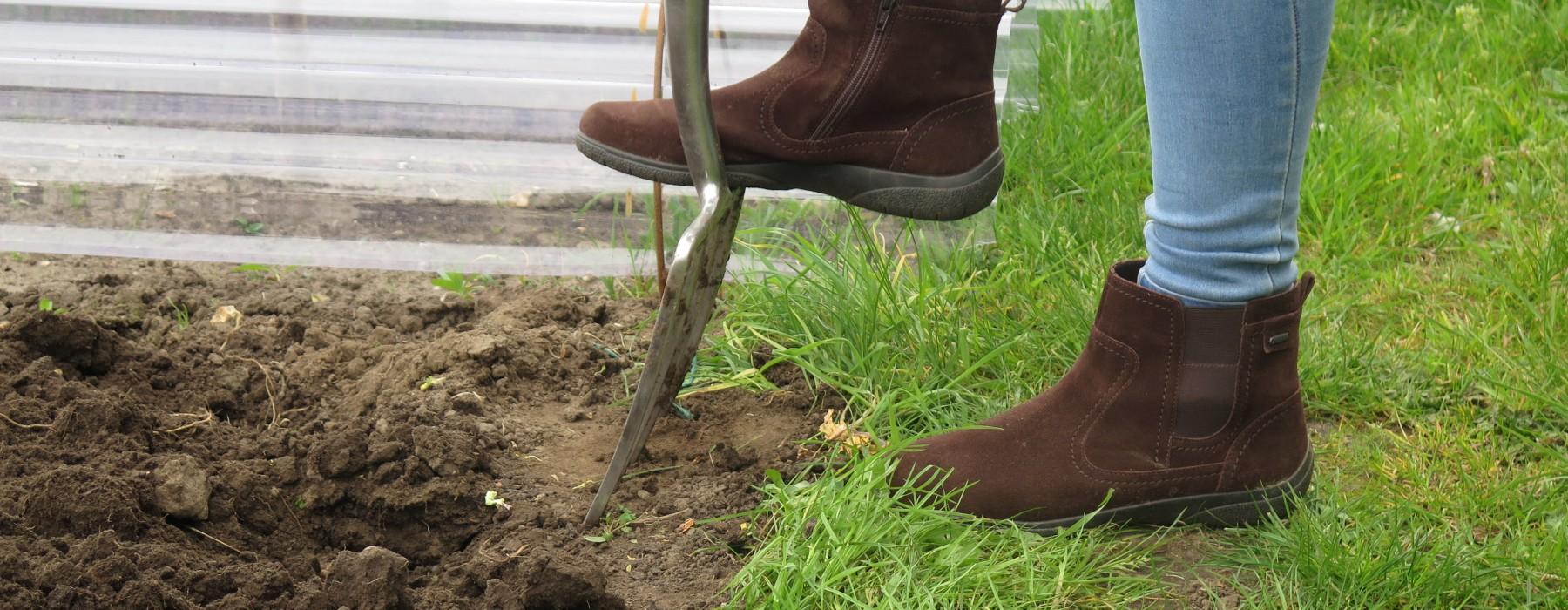 Gardening Footwear and Discount Code