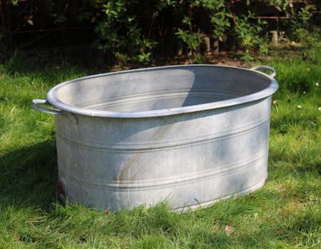 Straight edged oval tub #63