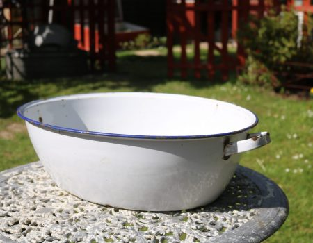 Small White Enamel Tub #4