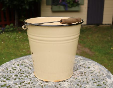 Enamel Bucket #14