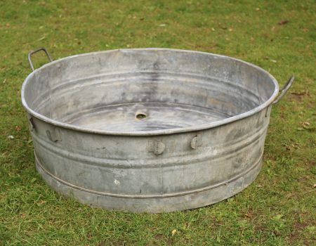 Round Shallow Galvanised Tub #176