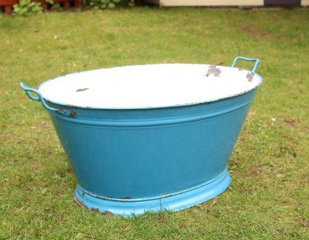 Enamel Blue Oval Tub #180