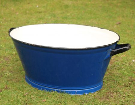 Enamel Blue Oval Tub #181