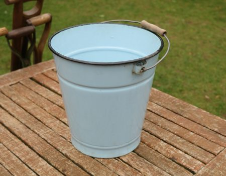 Enamel Bucket #190