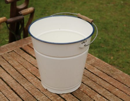 Enamel Bucket #191