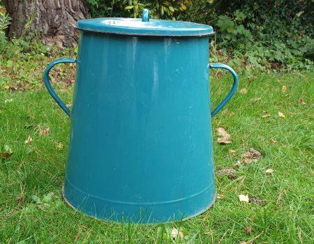 Enamel Compost Bin #14