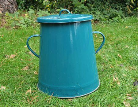 Enamel Compost Bin #16