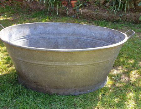 Oval Bathtub #15