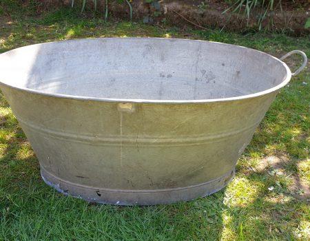 Oval Bathtub #16