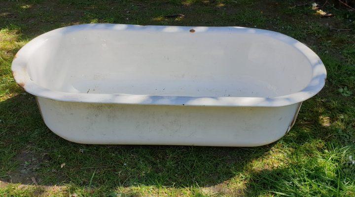 Enamel Oval Tub #23