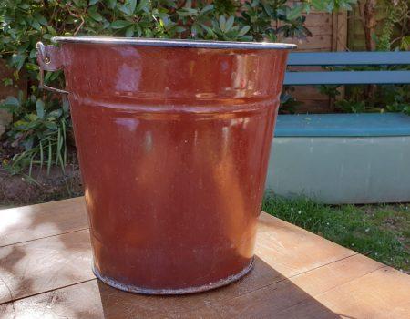 Enamel Bucket #13