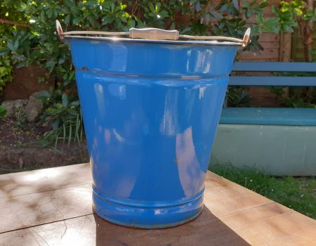 Enamel Bucket #16