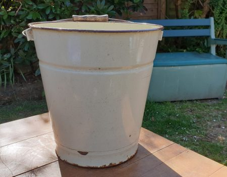 Enamel Bucket #17