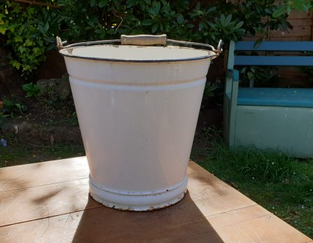 Enamel Bucket #19
