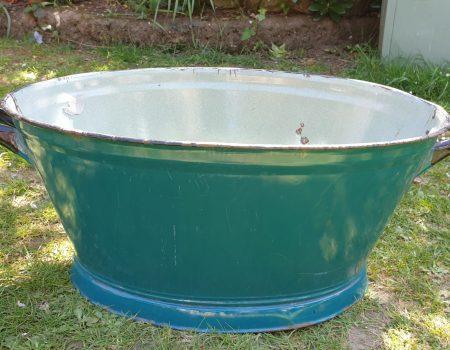 Oval Enamel Tub #29