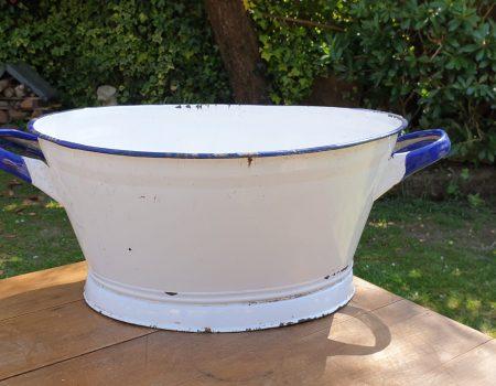 Oval Enamel Tub #37