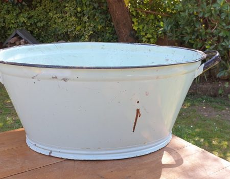 Oval Enamel Tub #38