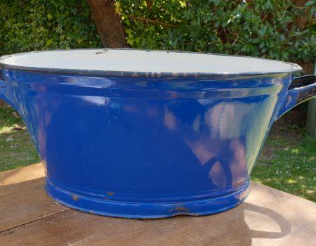 Oval Enamel Tub #41