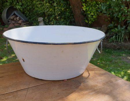 Round Enamel bowl #16