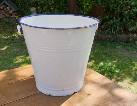 Enamel Bucket #23
