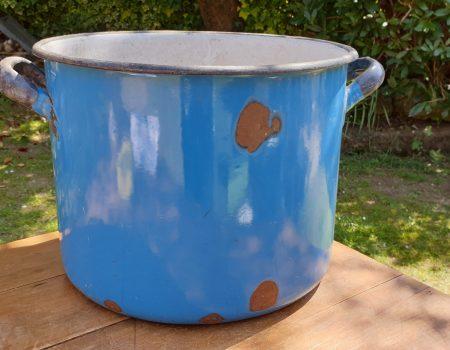 Round Enamel Tub #64