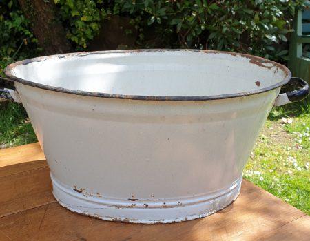 Oval Enamel Tub #85