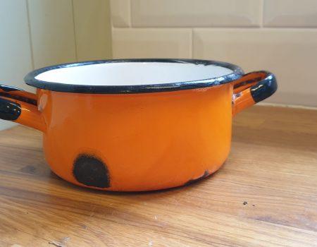 Round Enamel bowl #79