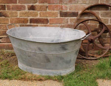 Galvanised oval tub #13