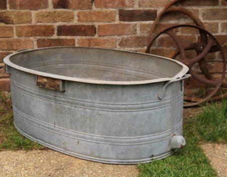 Straight edged oval tub #19