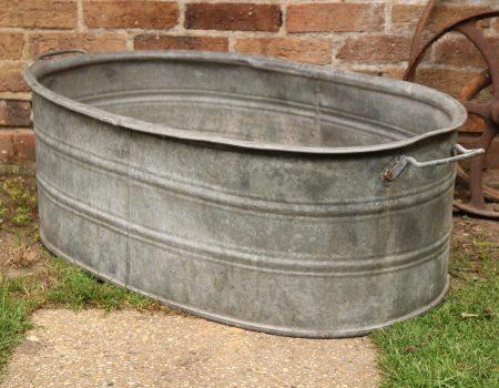 Straight edged oval tub #20